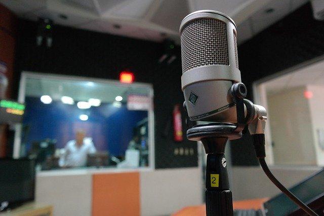 Plus de 72000 studios radio « live » à l'UEB !