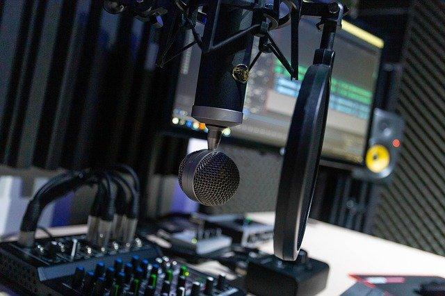 [ENQUÊTE : Écouter des podcasts] – le profil des auditeurs